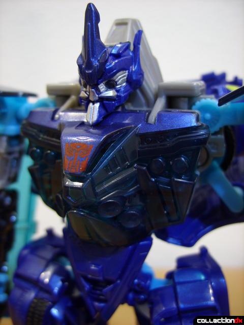 RotF Deluxe-class Autobot Jolt- robot mode (torso and head detail)