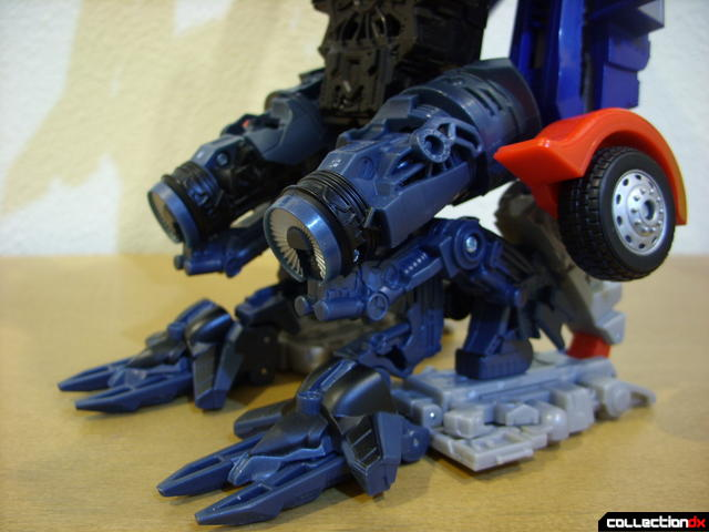 RotF Power-Up Optimus Prime (foot detail, back)