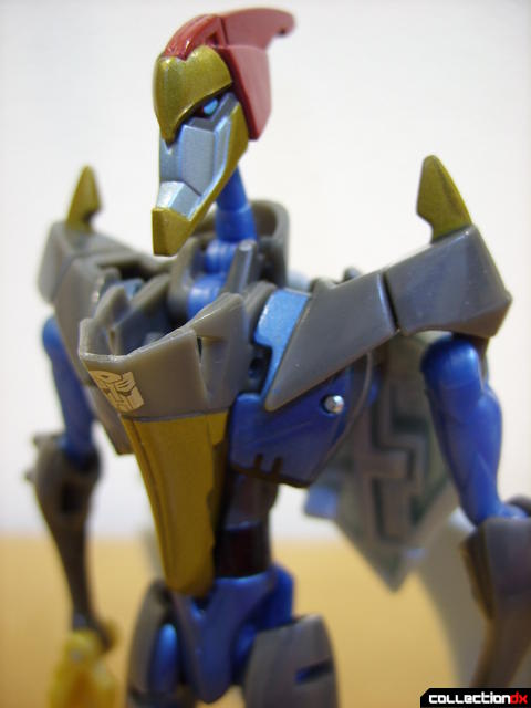 Animated Deluxe-class Autobot Swoop- robot mode (front detail)