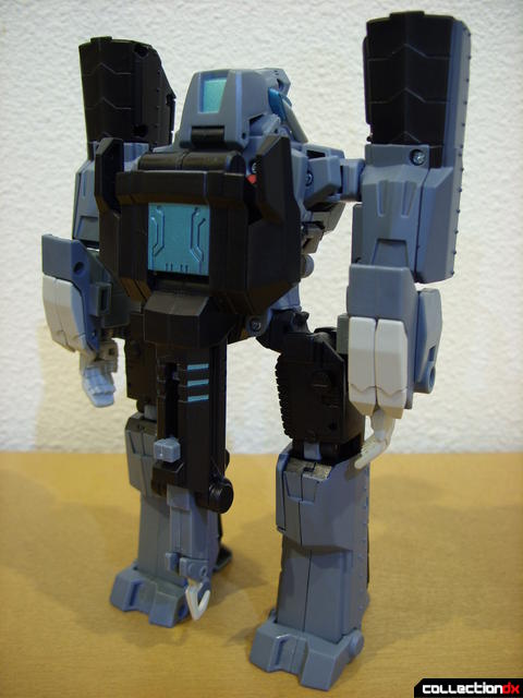 Animated Voyager-class Decepticon Shockwave- Longarm form (back)