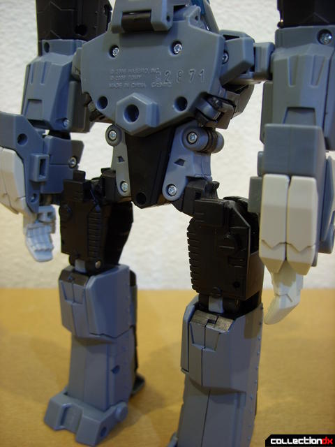 Animated Voyager-class Decepticon Shockwave- Longarm form (crane removed)