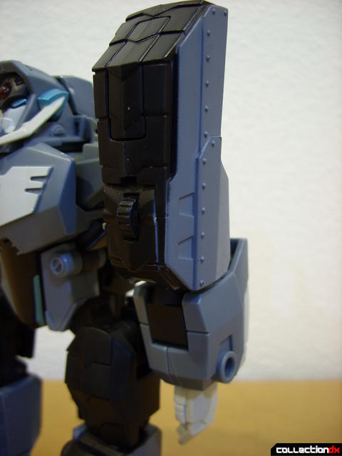 Animated Voyager-class Decepticon Shockwave- Longarm form (left arm)