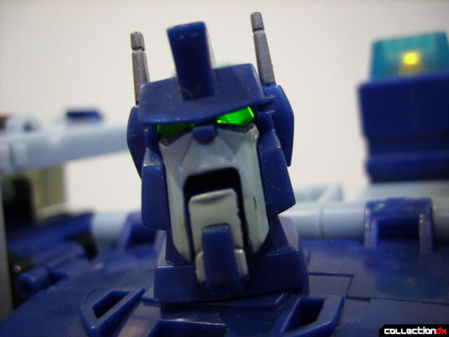 Animated Leader-class Autobot Ultra Magnus- robot mode (eyes lit, face posed)
