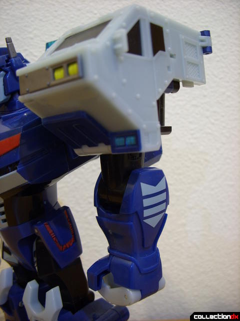 Animated Leader-class Autobot Ultra Magnus- robot mode (left arm)
