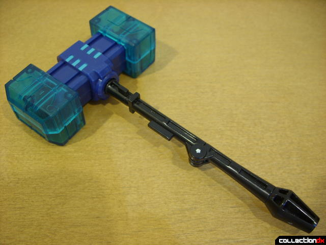 Animated Leader-class Autobot Ultra Magnus- robot mode (Magnus Hammer)