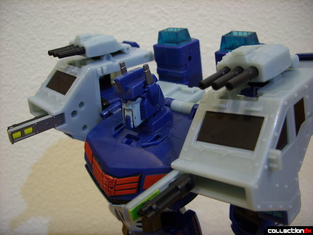 Animated Leader-class Autobot Ultra Magnus- robot mode (shoulder weapons deployed)