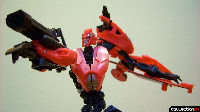 RotF Deluxe-class Autobot Arcee- robot mode posed (1)