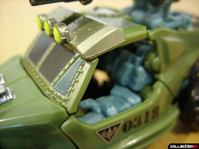 RotF Scout-class Autobot Dune Runner- vehicle mode (cabin detail)