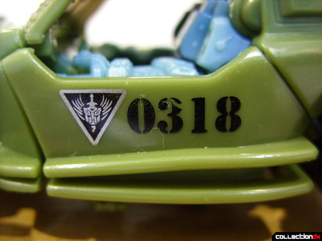 RotF Scout-class Autobot Dune Runner- vehicle mode (N.E.S.T. logo)