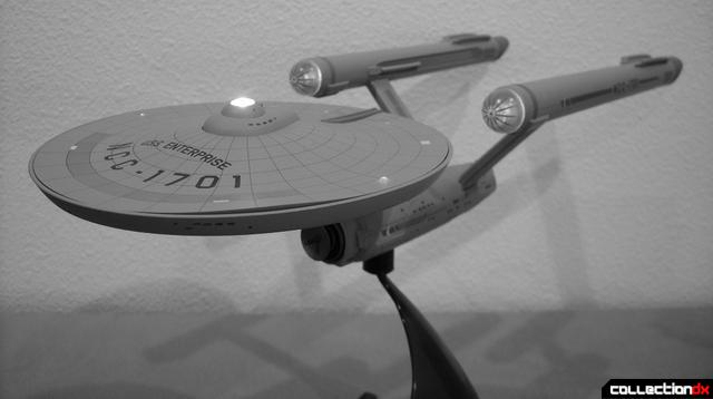 Starship Legends U.S.S. Enterprise HD ver. black-and-white dramtic angle (1)