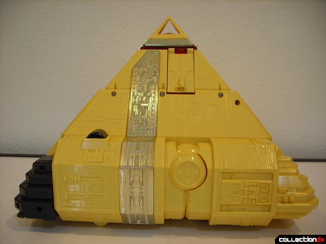 Deluxe Pyramidas The Carrier Zord- Pyramid Mode (left profile)