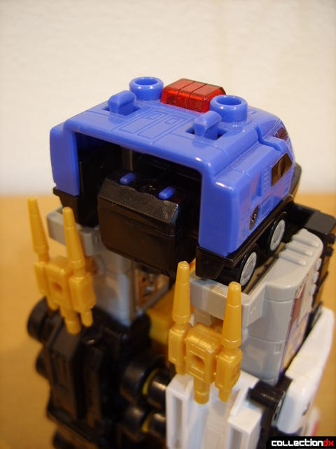 Deluxe Lightspeed Megazord- Hydro Mode (replacing water cannons) (2)