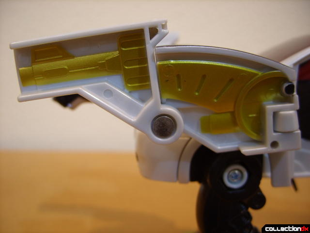 Chrome Prowler Tiger Zord- Zord Mode (left cannon)