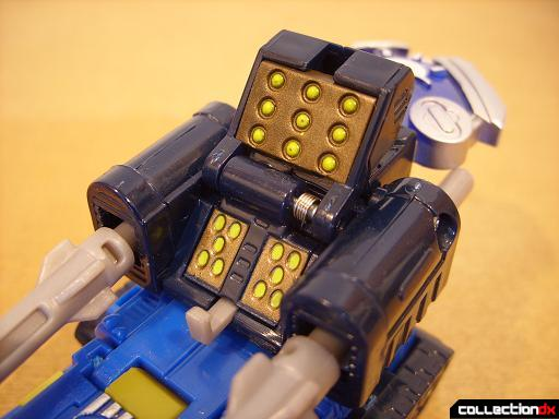 Scout-class Autobot Scattorshot- vehicle mode (Planet Key panel opened)