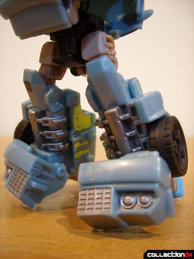 Autobot Double Clutch with Rallybots- Robot Mode (legs)