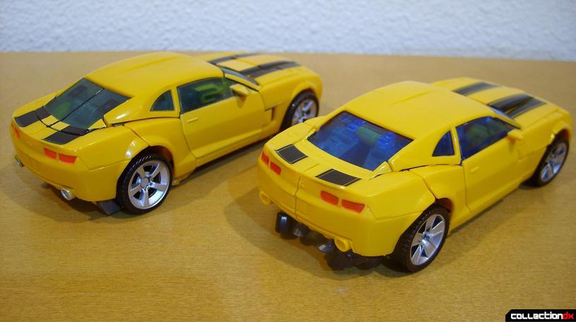 vehicle mode- Deluxe class 2007 Concept Camaro (L) and Battle Blade Bumblebee (R)(back)