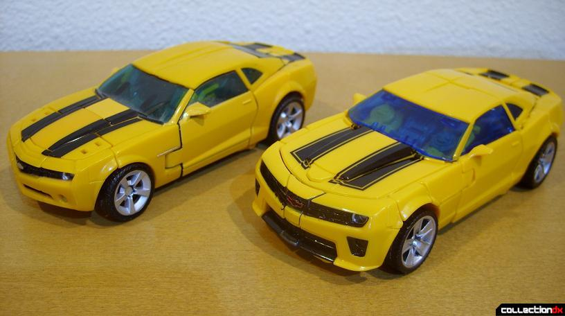 vehicle mode- Deluxe class 2007 Concept Camaro (L) and Battle Blade Bumblebee (R)(front)