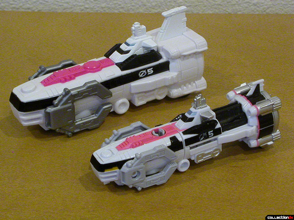 Sub Driver Zord (left) and Gougou Marine Diver (right)