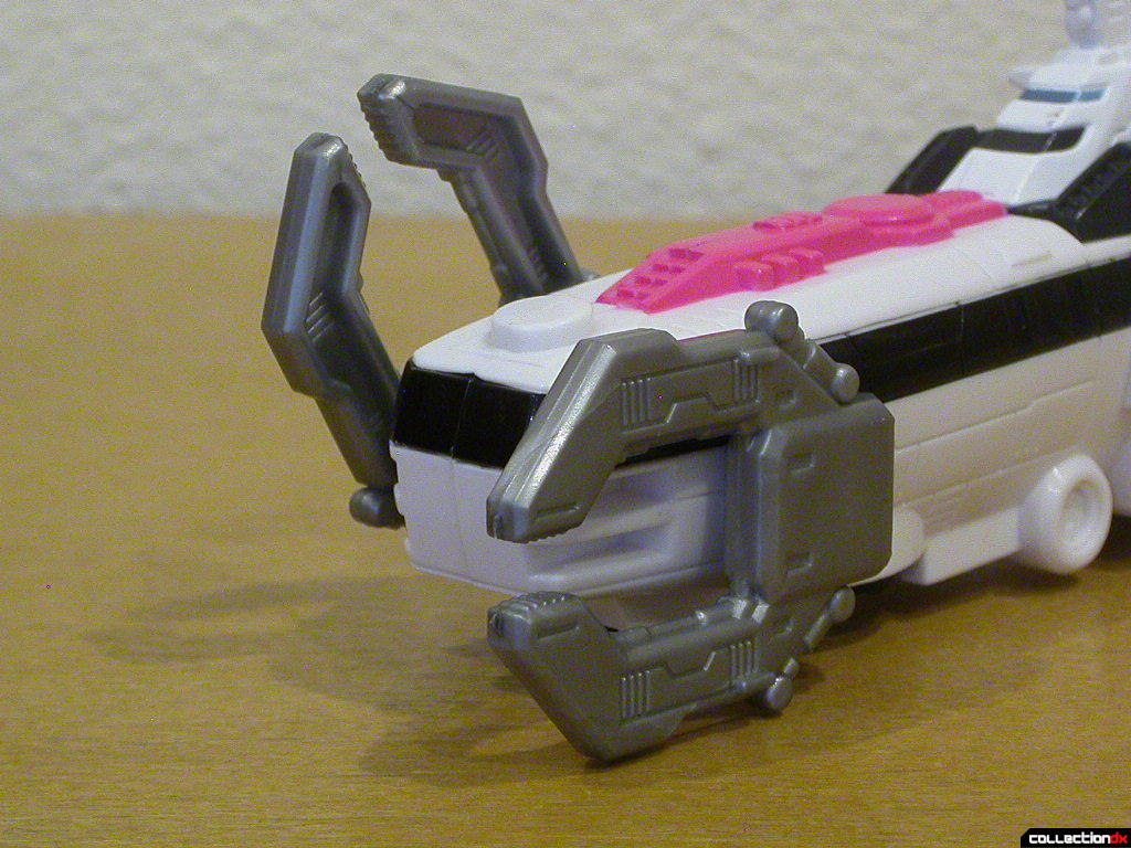 Sub Driver Zord- utility claws deployed