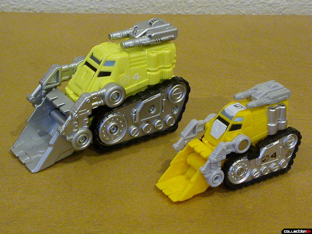 Dozer Driver Zord (left) and Gougou Dozer (right)
