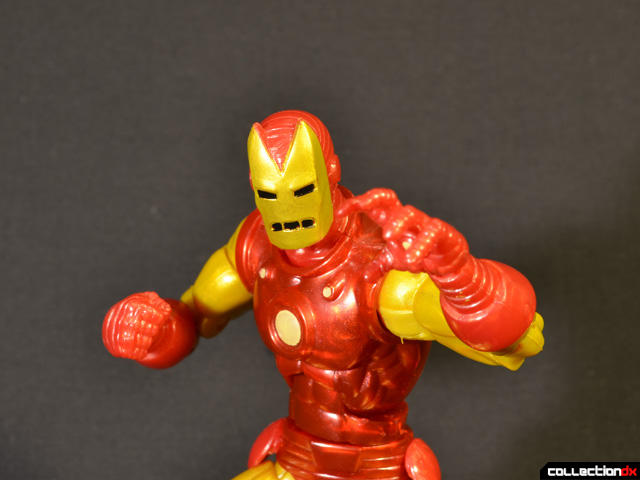 marvel-legends-iron-man-classic-08