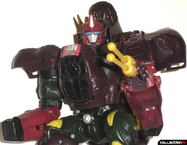 Optimus Primal Arm Launcher_3