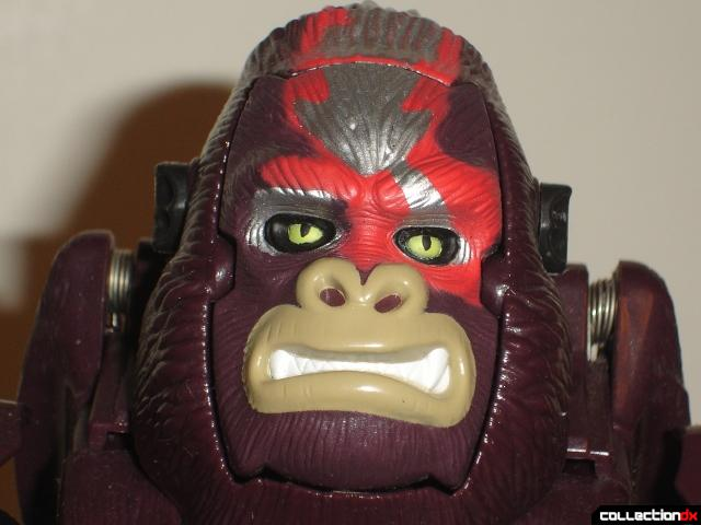 Optimus Primal Beast close_up