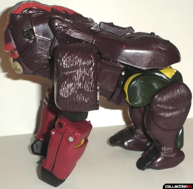 Optimus Primal Beast_Side