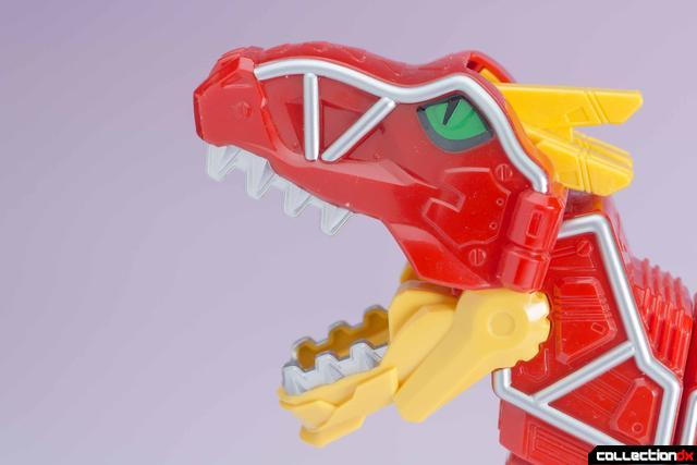 Dino Charge Megazord-08