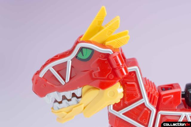 Dino Charge Megazord-10