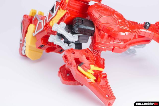 Dino Charge Megazord-11