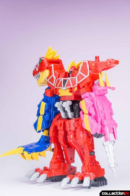 Dino Charge Megazord-35