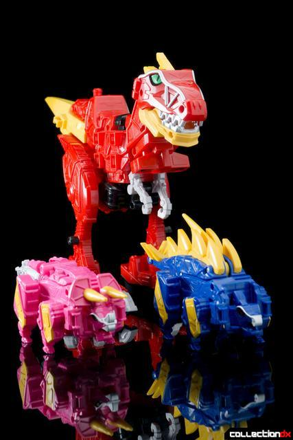 Dino Charge Megazord-38