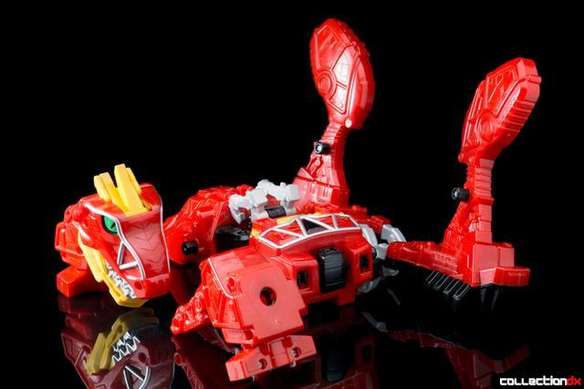 Dino Charge Megazord-39