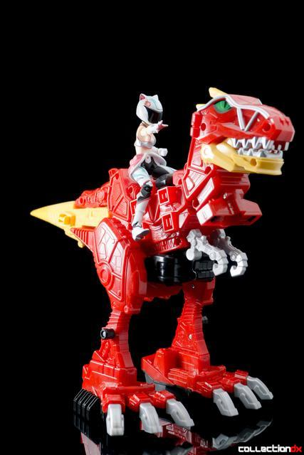 Dino Charge Megazord-43