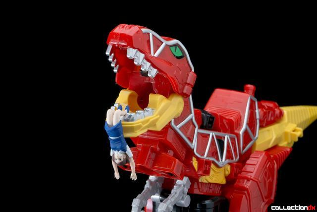 Dino Charge Megazord-50