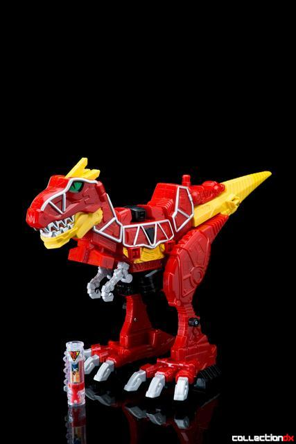 Dino Charge Megazord-51