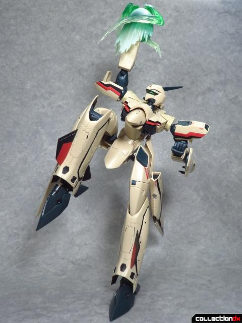 chogokin vf-19 advance 19