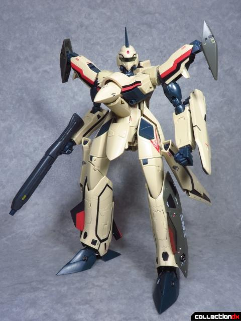 chogokin vf-19 advance 32
