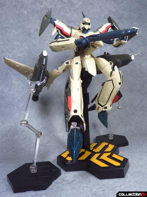 chogokin vf-19 advance 38