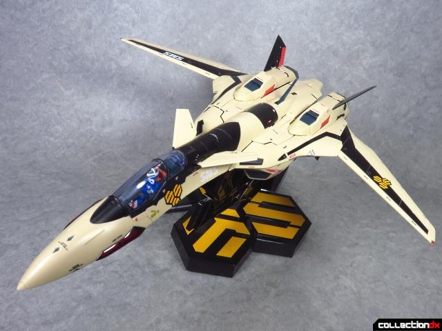 chogokin vf-19 advance 59