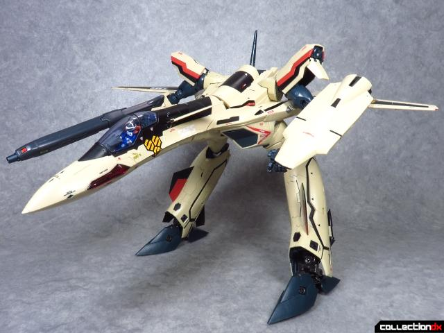 chogokin vf-19 advance 67