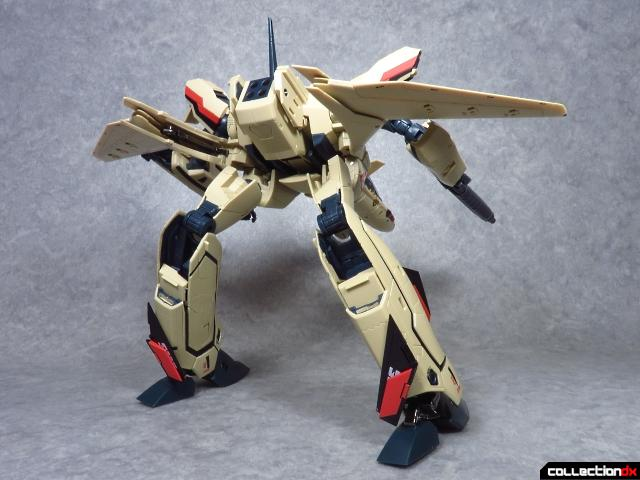 chogokin vf-19 advance 68