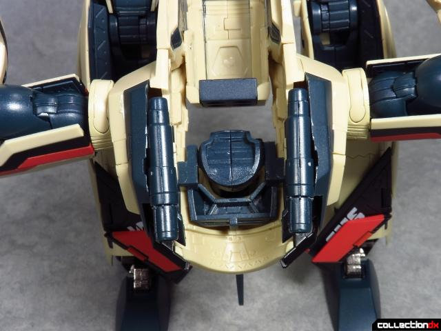 chogokin vf-19 advance 77