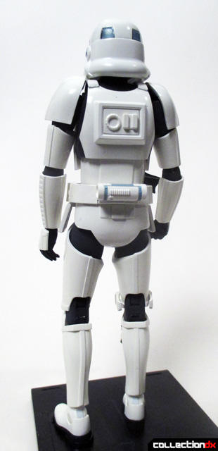 dx-stormtrooper-back-full