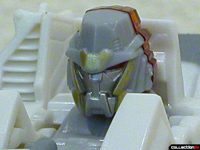 Decepticon Wreckage- robot mode (head detail)