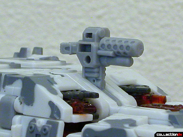 Decepticon Wreckage- vehicle mode (gun detail)